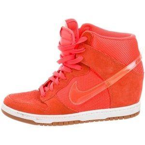 Nike Dunk Sky Hi top wedge sneaker - size 9.5